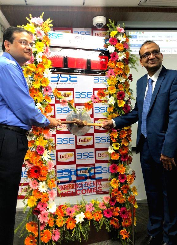 "Dollar Industries Limited Managing Director Vinod Kumar Gupta and BSE Regional Head (East) Purushottam Saraf during ""Bell Ringing Ceremony"" at the regional office of BSE in ... - Vinod Kumar Gupta"