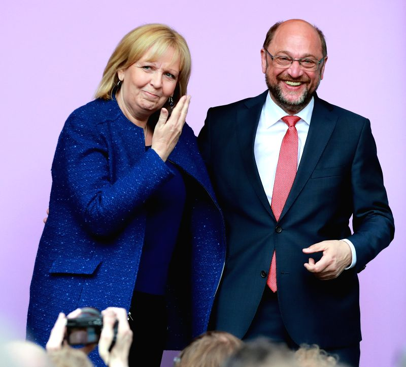 DUISBURG (GERMANY), May 12, 2017 Martin Schulz (R), leader of German Social Democrats (SPD), and German State Governor of Nordrhein-Westfalen and Social Democrats (SPD)'s candidate ...
