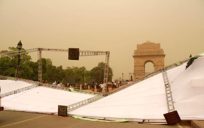 Dust storm hits Delhi on April 22, 2017.