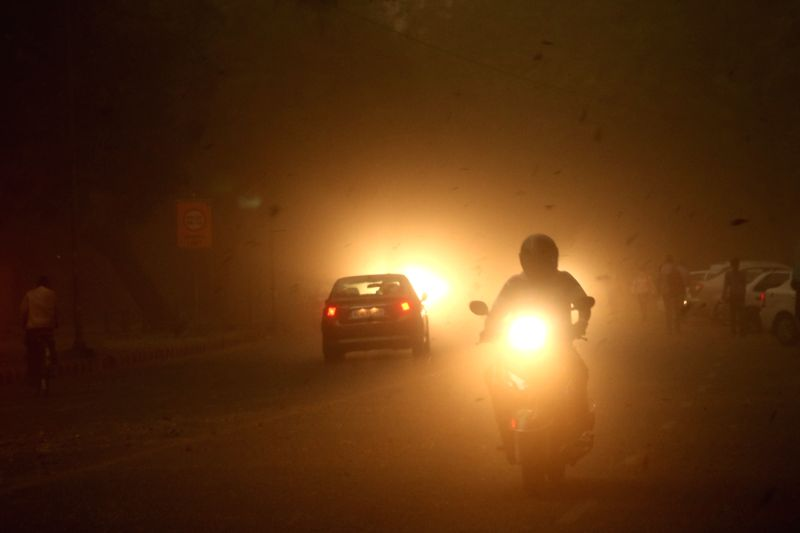 Dust storm hits Delhi on April 6, 2018.