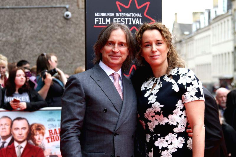 Scottish actor Robert Carlyle (L) attends the opening ceremony of the 2015 Edinburgh International Film Festival in Edinburgh, Britain, June 17, 2015. The 2015 ... - Robert Carlyle