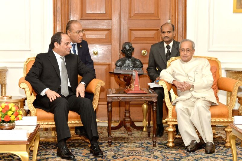 Egypt President Abdel Fattah Al-Sisi calls on the President Pranab Mukherjee at Rashtrapati Bhavan, in New Delhi on Oct 28, 2015.