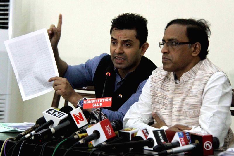 Election watch' Convener and EVM Petitioner in Supreme Court V.V.Rao and Social activist Tehseen Poonawalla address a press conference in New Delhi, on May 10, 2017.