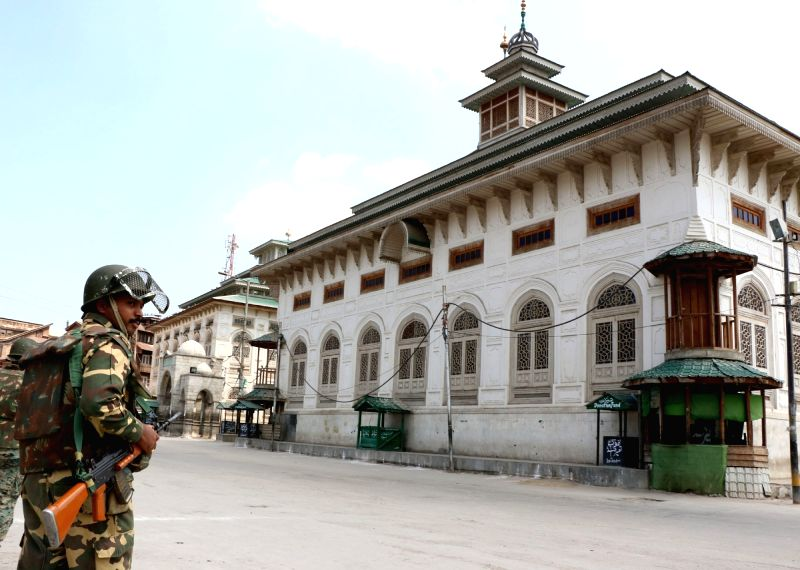 Empty roads in Srinagar as curfew continues in Kashmir for the 15th day on July 23, 2016.