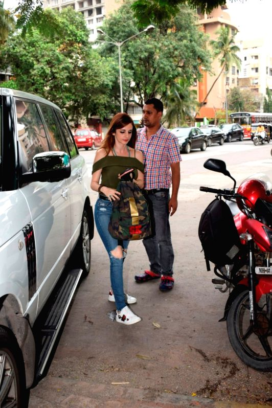 Entrepreneur Sussanne Khan, former wife of actor Hrithik Roshan seen at a salon in Juhu, Mumbai on June 12, 2018. - Hrithik Roshan and Sussanne Khan