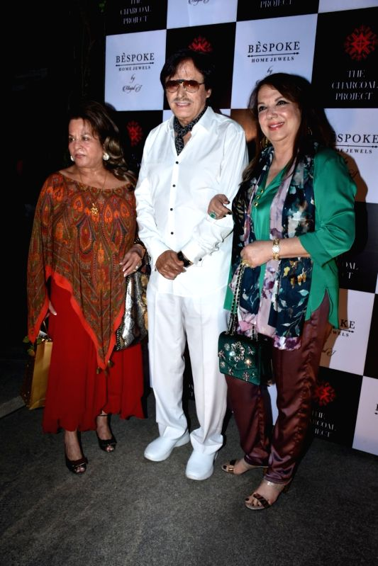 Entrepreneur Sussanne Khan's parents Sanjay Khan and Zarine Katrak at a store launch in Mumbai on April 13, 2018 . - Sussanne Khan and Sanjay Khan
