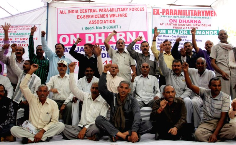 Ex-paramilitary personnel stage a demonstration to press for their demand of OROP - one rank one pension at Jantar Mantar in New Delhi, on Nov 2, 2015.