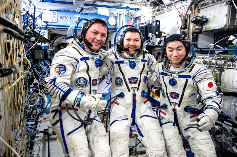 Expedition 45 flight engineer Kjell Lindgren, Oleg Kononenko of Russian Federal Space Agency and Kimiya Yui of the Japan Aerospace Exploration Agency landed safely in Kazakhstan. (Photo: NASA)