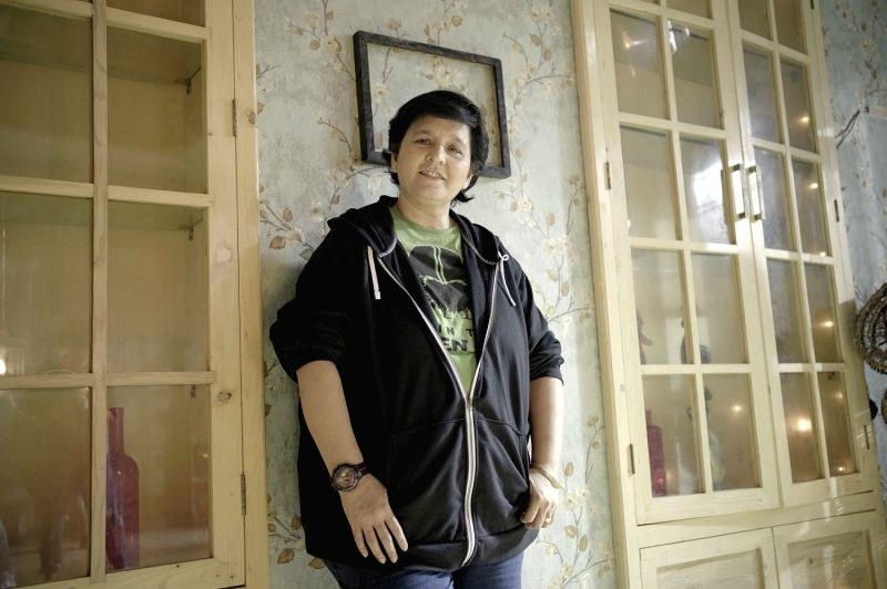 Falguni Pathak back with a romantic Navratri song.