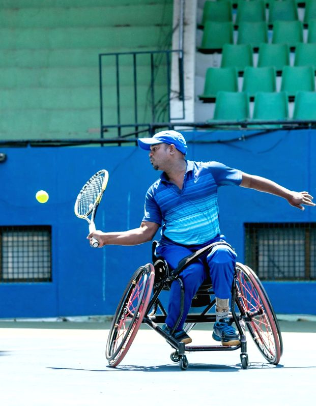 Fancied players in the men's and women's category did not have to break a sweat while advancing to the semi-finals of the Rs.3 lakh KSLTA-AITA Wheelchair Tennis Tournament on Thursday.