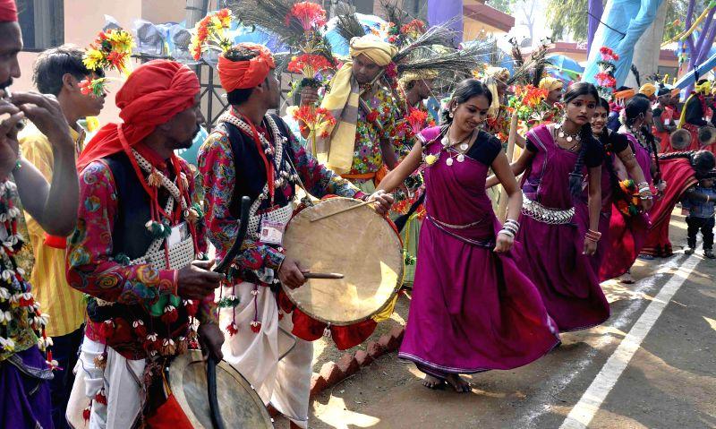 Artists perform at the 29th Surajkund International Crafts Mela in Faridabad on Feb. 2, 2015.