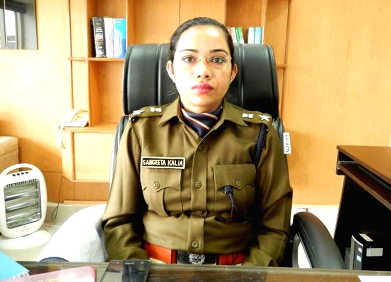Fatehabad SP Sangeeta Kalia who was transferred a day after she had an argument with Haryana Health Minister Anil Vij on Nov 27, 2015. (File Photo: IANS) - Anil Vij