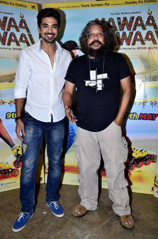 Filmmaker Amol Gupte and actor Saqib Saleem during the press interaction of the movie Hawaa Hawaai in Mumbai on April 23, 2014. - Amol Gupte