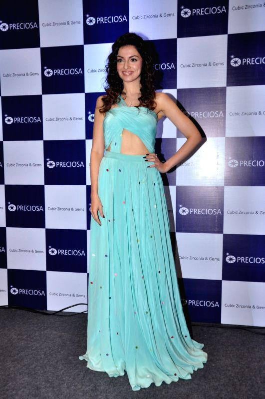 Filmmaker and actor Divya Khosla Kumar during a press conference of jewellery brand Preciosa, in Mumbai, on Aug 7, 2016. - Divya Khosla Kumar