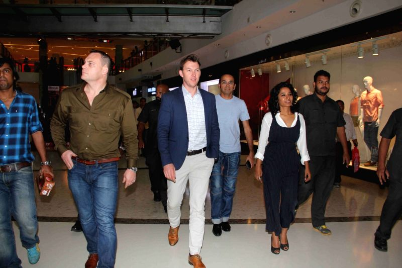 Filmmaker Anupam Sharma, Former Australian cricket player turned actor Brett Lee and actress Tannishtha Chatterjee during the promotion of upcoming film Unindian in Mumbai, on July 28, 2016. - Anupam Sharma and Tannishtha Chatterjee