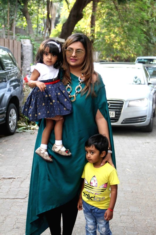Filmmaker Deepshikha Deshmukh with her son and daughter during Shilpa Shettys son Vivaans 5th birthday party in Mumbai, on May 22, 2017. - Deepshikha Deshmukh and Shilpa Shetty