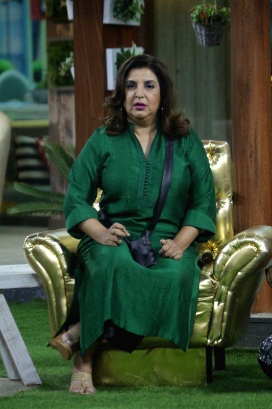 Filmmaker Farah Khan on the sets of Big Boss Season 12's 'Weekend Ka Vaar' episode in Mumbai on Nov 17, 2018. - Farah Khan