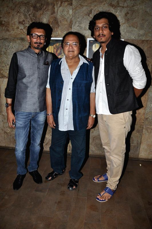 Filmmaker Faraz Ali actor Rakesh Bedi and filmmaker Abbas Syed during the screening of Short film Makhmal in Mumbai on July 11, 2014. - Faraz Ali and Rakesh Bedi