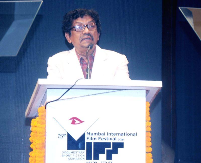 Filmmaker Goutam Ghose addresses at the inauguration of 15th Mumbai International Film Festival 2018 (documentary, short film and animation) in Mumbai on Jan 28, 2018. - Goutam Ghose
