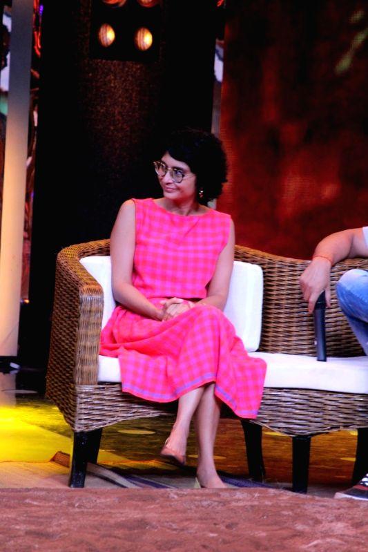 """Filmmaker Kiran Rao during the visit on the set Of """" Sa Re Ga Ma Pa 2017"""" in Mumbai on May 20, 2017. - Kiran Rao"""