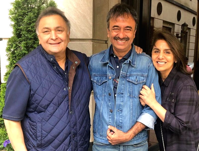 Filmmaker Rajkumar Hirani met actors Rishi Kapoor and Neetu Singh in New York and discussed about movies. (Photo: Instagram/neetu54)