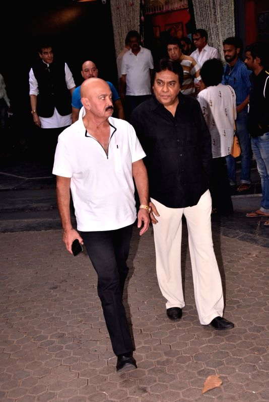 Shashi Kapoor's condolence meet - Rakesh Roshan and Shashi Kapoor