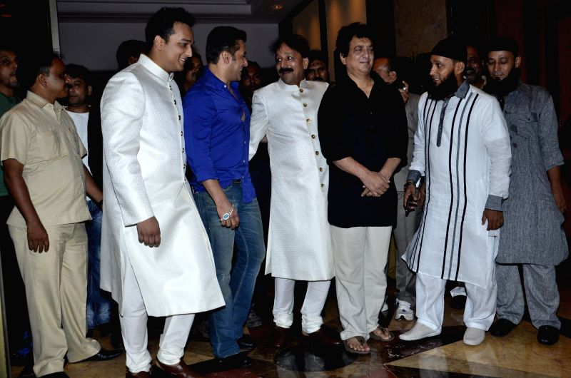 Filmmaker Sajid Nadiadwala and actor Salman Khan during the Iftar Party hosted by Baba Siddique in Mumbai on July 6, 2014. - Sajid Nadiadwala and Salman Khan