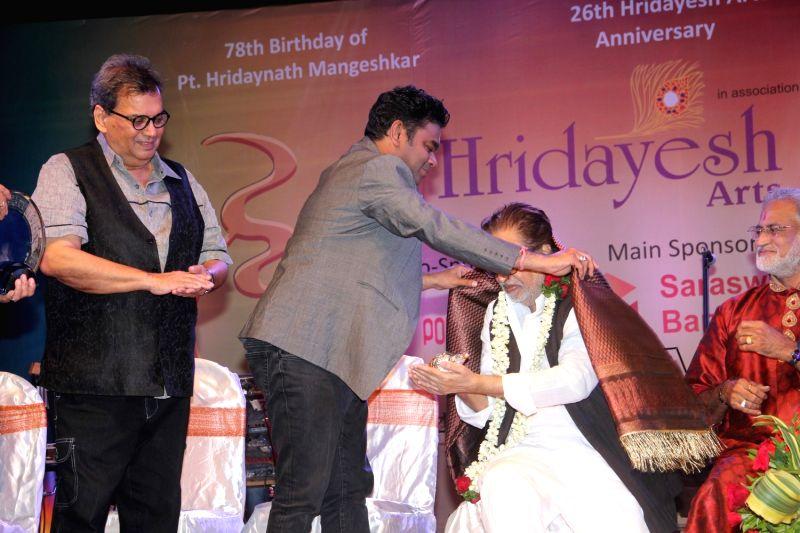 awards for music composer a r President pratibha patil presents the padma bhushan award to music composer ar rahman during the presentation of the padma awards 2010 at the rashtrapati bhavan in new delhi.