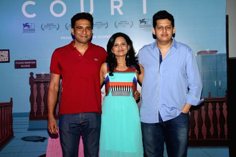 Filmmaker Vivek Gomber, actor Geetanjali Kulkarni and filmmaker Chaitanya Tamhane during the trailer launch of film Court in Mumbai, on March 23, 2015. - Vivek Gomber and Geetanjali Kulkarni