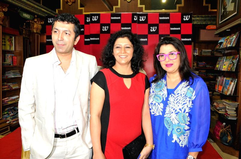 Filmmakers Farah Khan and Kunal Kohli with author Sonia Golani at the launch of laters book `Decoding Bollywood` in Mumba. - Farah Khan and Kunal Kohli