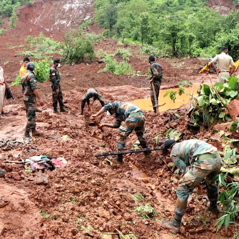 Flood-battered Maha's toll climbs to 112, 99 missing .