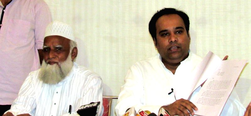 Former AAP leader Asim Ahmed Khan addresses a press conference  in New Delhi on Aug 3, 2016. - Asim Ahmed Khan