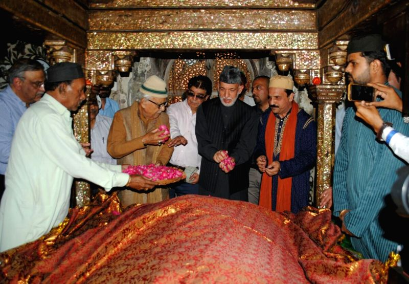 Former Afghanistan President Hamid Karzai during his visit to the Fatehpuri Sikri shrine, in Agra on April 22, 2018.