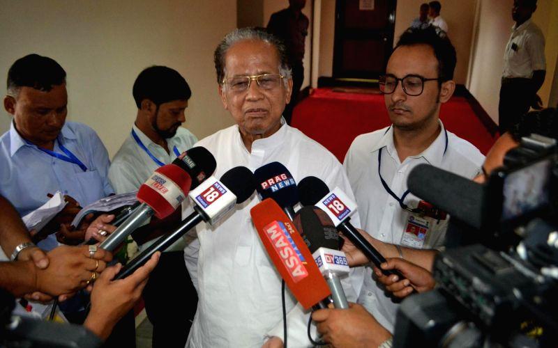 Former Chief Minister Tarun Gogoi talks to press outside the Assam Legislative Assembly in Guwahati on July 20, 2016. - Tarun Gogoi