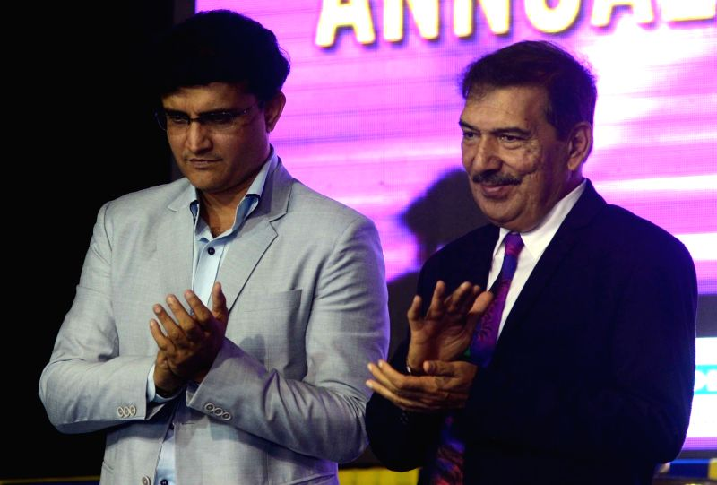 Former cricketer Gopal Bose receive Lifetime Achievement Award from CAB president Sourav Ganguly during CAB Annual Prize Distribution Ceremony at Eden in Kolkata on July 23, 2016. - Sourav Ganguly and Gopal Bose