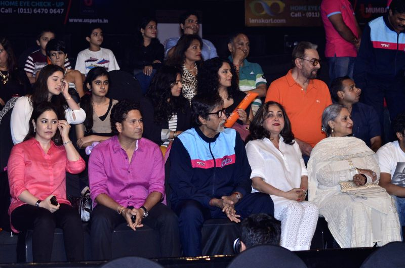 Former cricketer Sachin Tendulkar with wife Anjali, Actor Amitabh Bachchan, Tina Ambani and Jaya bachchan during the Pro-Kabaddi League between U Mumba vs Jaipur Pink Panthers in Mumbai on 27, July .. - Amitabh Bachchan, Sachin Tendulkar and Tina Ambani