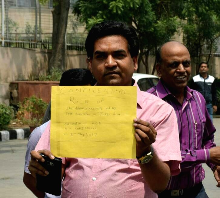 Former Delhi Minister Kapil Mishra visiting the anti-corruption bureau office in New Delhi on May 8, 2017. - Kapil Mishra