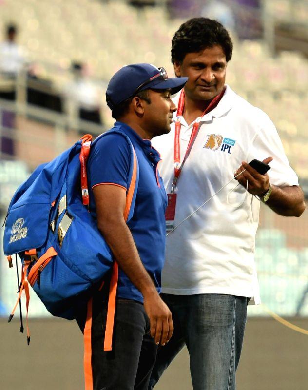 Former India cricketer Javagal Srinath and former Sri Lanka cricketer Mahela Jayawardene at Eden Gardens in Kolkata, on May 12, 2017.