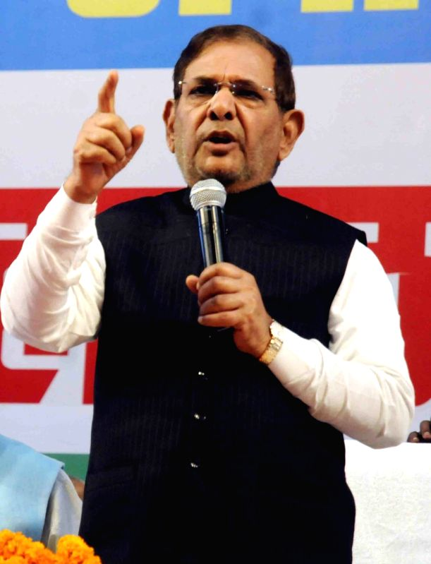 Former JD(U) chief Sharad Yadav addresses during a party meeting in Patna on Aug 19, 2017.