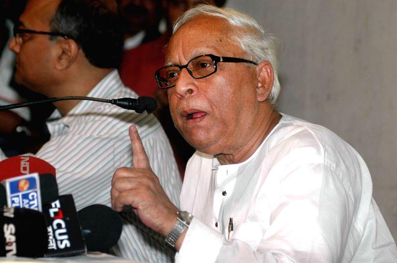 Former West Bengal Chief Minister Buddhadeb Bhattacharjee. (Photo: Kuntal Chakrabarty/IANS)