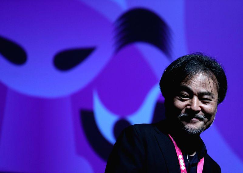FRANKFURT, May 25, 2016 - Japanese director Kiyoshi Kurosawa receives Nippon Honor Award during the opening ceremony of the 16th Japanese Film Festival Nippon Connection in Frankfurt, Germany on May ... - Kiyoshi Kurosawa