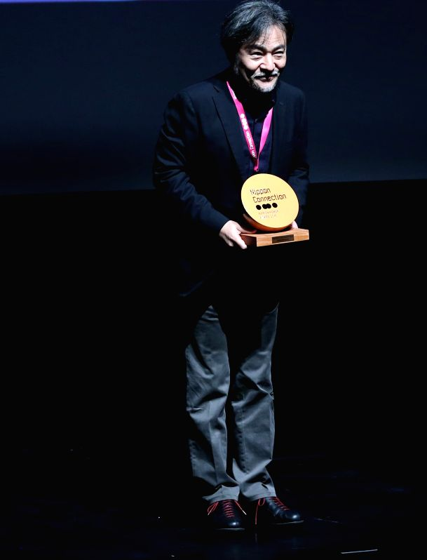 FRANKFURT, May 25, 2016 - Japanese director Kiyoshi Kurosawa receives Nippon Honor Award during the opening ceremony of the 16th Japanese Film Festival Nippon Connection in Frankfurt, Germany on May ... - Kiyoshi Kurosawa