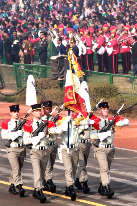 French Army rehearses during full dress rehearsal for Indian Republic Day parade at Rajpath in New Delhi on Jan 23, 2016.