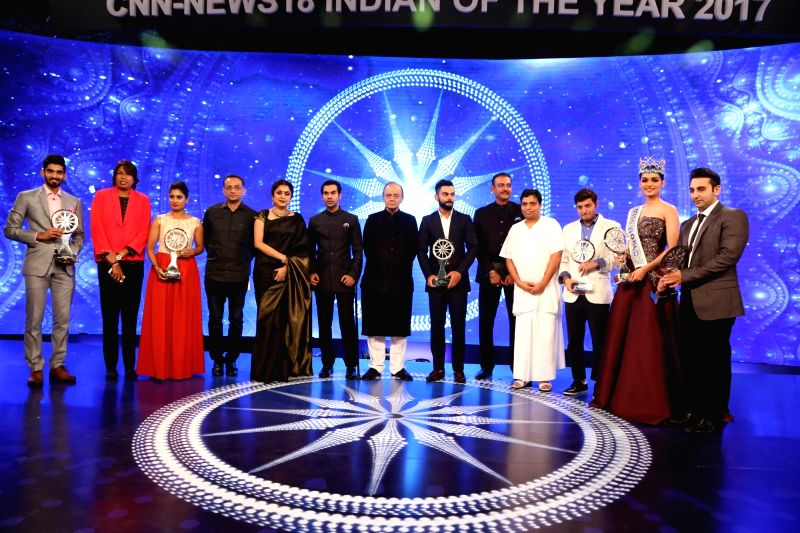 (From L-R) Indian badminton player Kidambi Srikanth, Indian women's cricket bowler Jhulan Goswami, women's cricket captain Mithali Raj, team Baahubali's Ramya Krishna and Shobu Yarlagadda, ... - Jhulan Goswami, Rajkummar Rao, Arun Jaitley, Virat Kohli and Afroz Shah