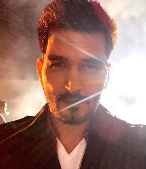 Gajendra Verma gets into action mode for new music video.