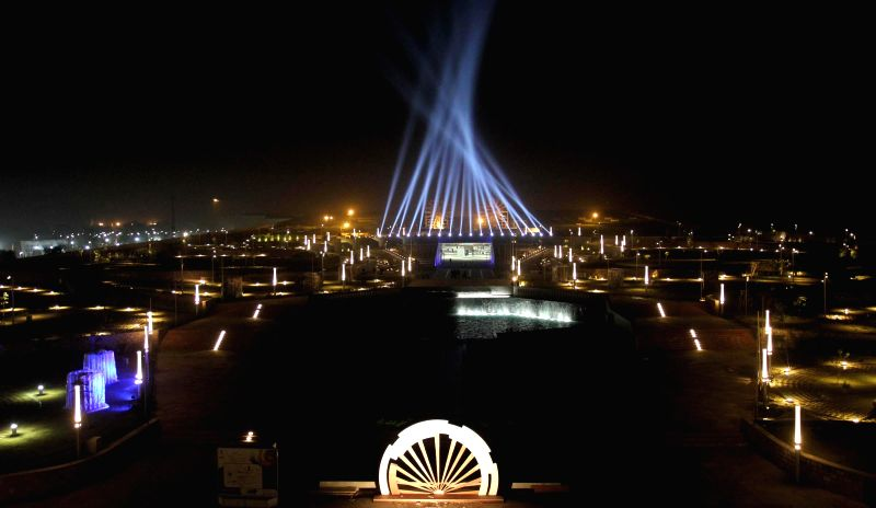 Mahatma Mandir ready to host Pravasi Bhartiya Diwas and Vibrant Gujarat Summit in Gandhinagar on Jan 5, 2014.