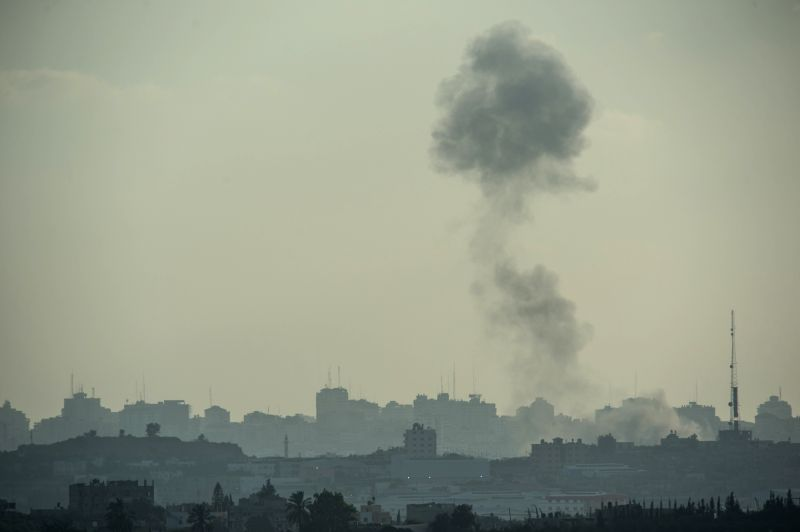 Smoke rises after an Israeli air strike in the northern Gaza Strip, on July 14, 2014. Israel's security cabinet decided on Tuesday morning to accept an Egyptian