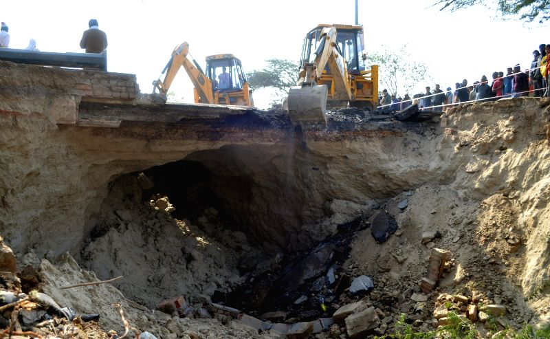 A portion of National Highway 24 that caved in near Hindon river in Ghaziabad on Jan 5, 2015.