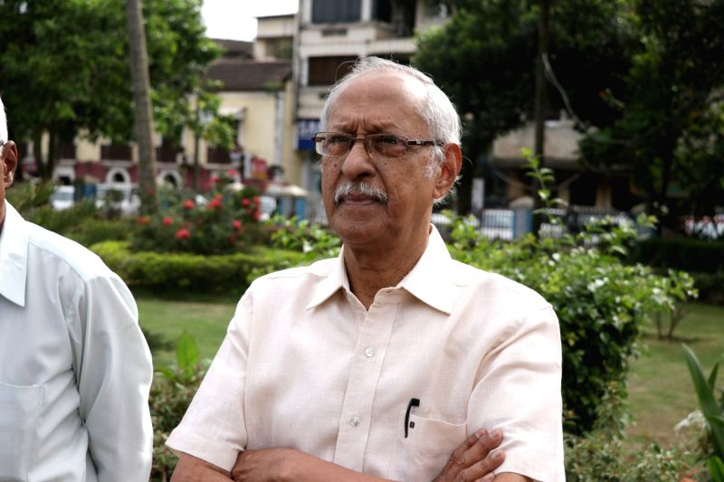 Goa-based writer Damodar Mauzo during a demonstration organised by Dakshinayan Abhiyan, in Panaji on Aug 1, 2018.