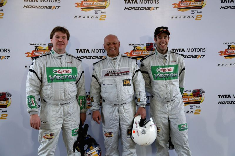 Greater Noida: (L to R) Top three qualifiers, Stuart Oliver from Team Castrol (2nd), Steve Thomas from Team Allied Partners (1st) and Oliver Janes from Team Castrol (3rd) during the inauguration of ...
